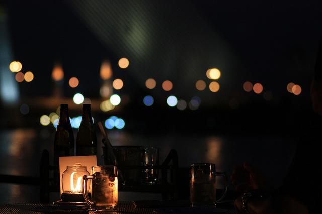 Restaurant In Love: un peu trop sombre... レストランIn Loveにて。景色はいいですが手元暗いです。