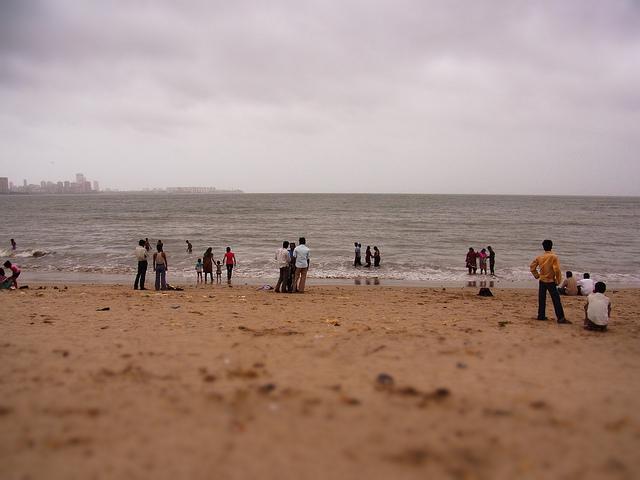 201108india02