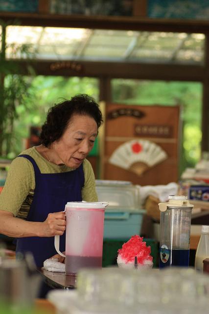 Un autre dessert d'été favori des japonais: kakogori, glacé rapée avec sirop